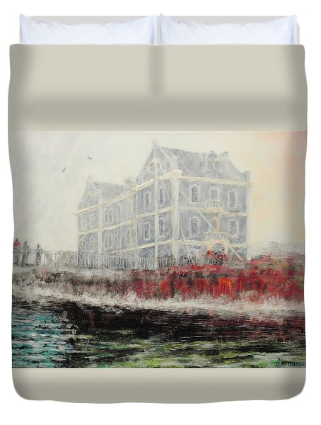 Captains Manor In The Fog Duvet Cover by Michael Durst