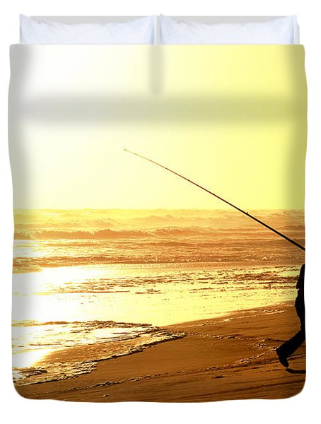 Catching The Last Rays... Duvet Cover by A Rey