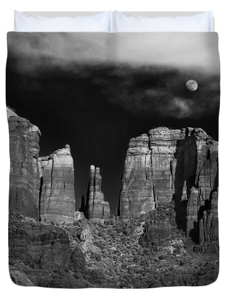 Cathedral Rock Moon Rise Duvet Cover by Dave Dilli