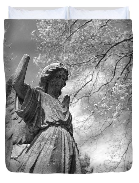 cemetery angel Duvet Cover by Jennifer Lyon