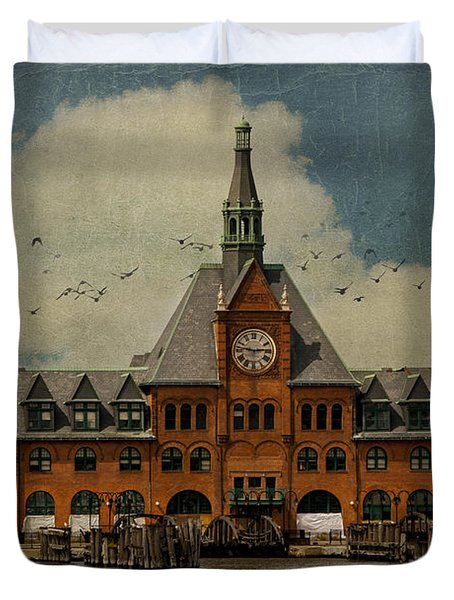 Central Railroad Of New Jersey Duvet Cover by Juli Scalzi