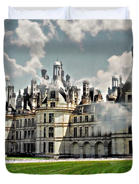 Chateau de Chenonceau Duvet Cover by Diana Angstadt