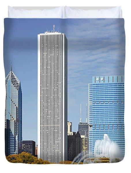 Chicago skyline from Millenium Park IV Duvet Cover by Christine Till