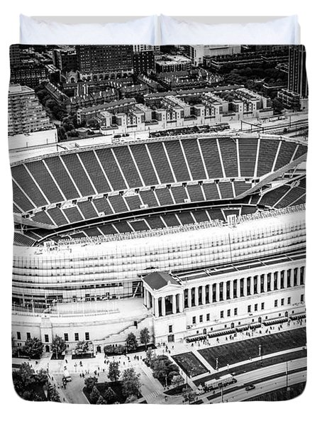 Chicago Soldier Field Aerial Picture In Black And White Duvet Cover by Paul Velgos