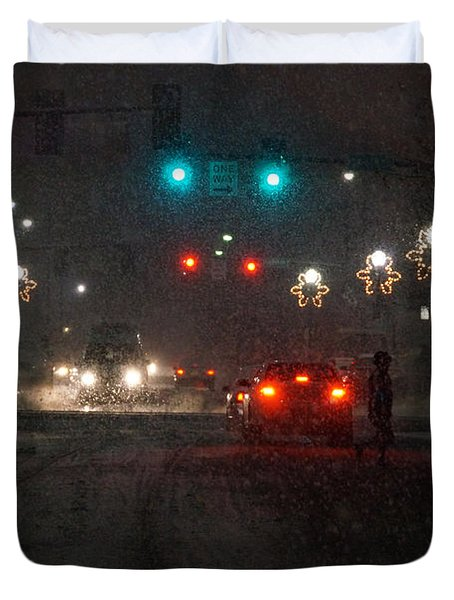 Christmas On The Streets Of Grants Pass Duvet Cover by Mick Anderson