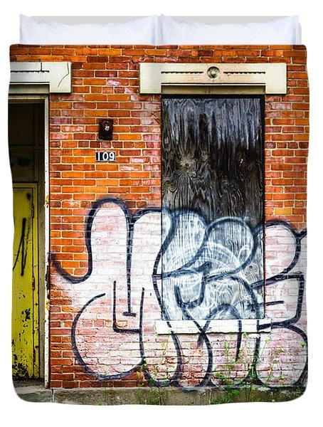 Cincinnati Glencoe Auburn Place Graffiti Picture Duvet Cover by Paul Velgos