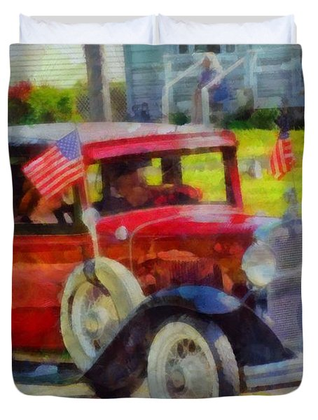 Classic Cars American Tradition Duvet Cover by Dan Sproul