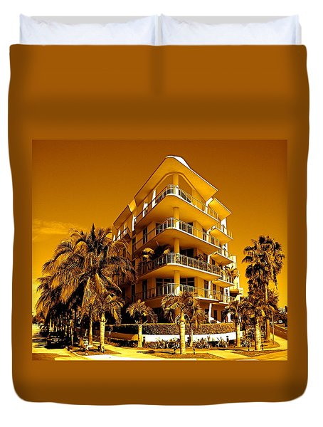 Cool Iron Building In Miami Duvet Cover by Monique Wegmueller