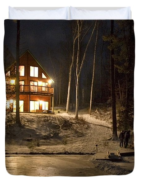 Cottage Country - Winter Duvet Cover by Pat Speirs