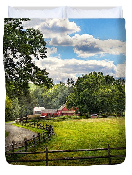 Country - The pasture  Duvet Cover by Mike Savad