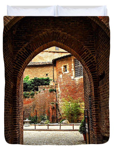 Courtyard of Cathedral of Ste-Cecile in Albi France Duvet Cover by Elena Elisseeva