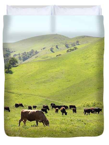 Cows Along The Rolling Hills Landscape of The Black Diamond Mines in Antioch California 5D22328 Duvet Cover by Wingsdomain Art and Photography
