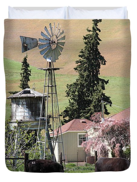 Cows Home On The Ranch At The Black Diamond Mines in Antioch California 5D22354 Duvet Cover by Wingsdomain Art and Photography