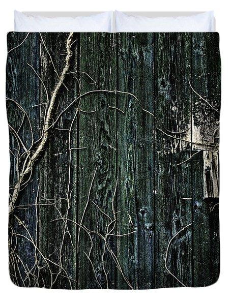 Creeper Duvet Cover by Andrew Paranavitana