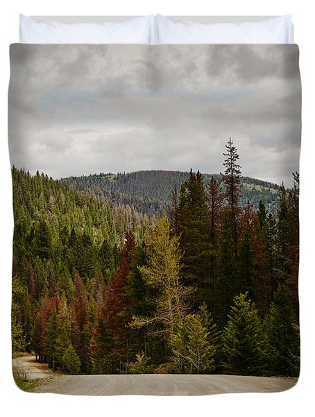 Curviing Dirt Road Duvet Cover by Sue Smith