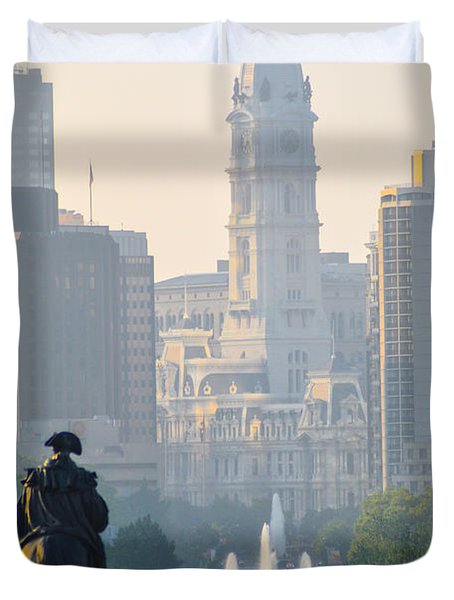 Downtown Philadelphia - Benjamin Franklin Parkway Duvet Cover by Bill Cannon