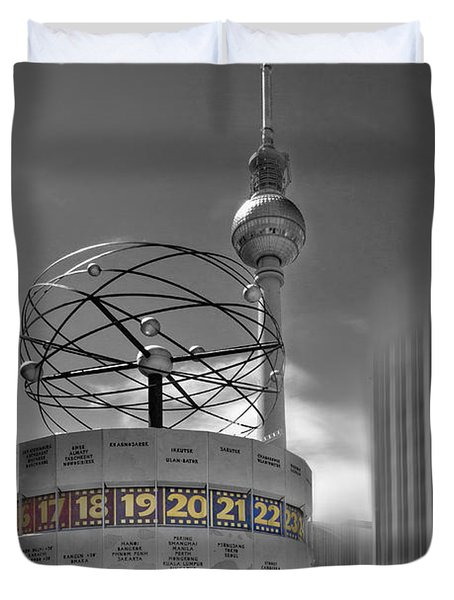 Dynamic-art Berlin City-centre Duvet Cover by Melanie Viola