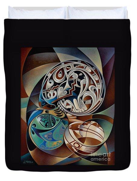 Dynamic Still Il Duvet Cover by Ricardo Chavez-Mendez