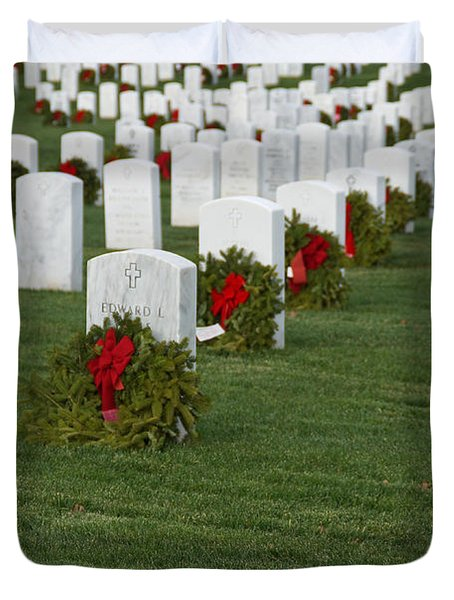 Eagle Point National Cemetery At Christmas Duvet Cover by Mick Anderson
