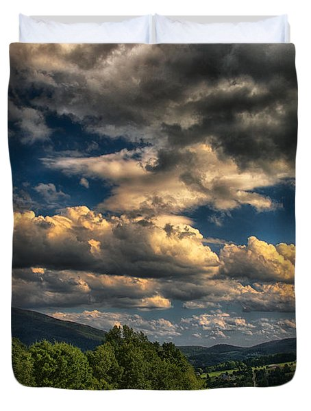Earth Bending At Mt. Ascutney Duvet Cover by Nathan Larson