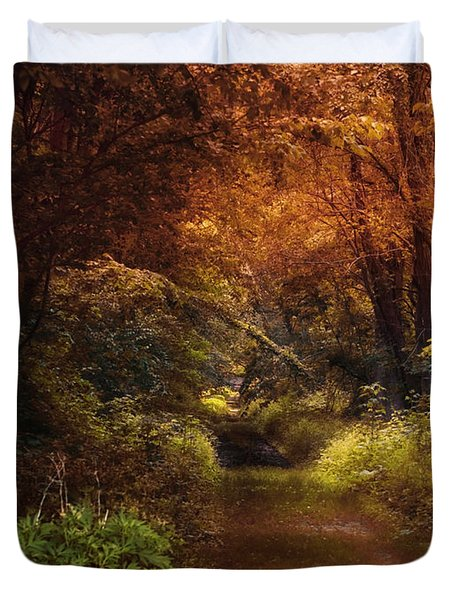 Earth Tones In A Illinois Woods Duvet Cover by Thomas Woolworth