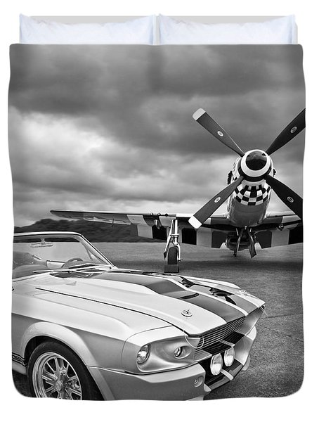 Eleanor Mustang With P51 Black And White Duvet Cover by Gill Billington
