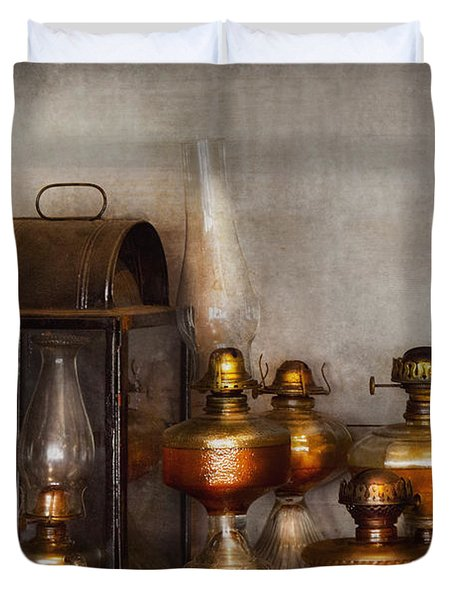 Electrician - A Collection Of Oil Lanterns  Duvet Cover by Mike Savad