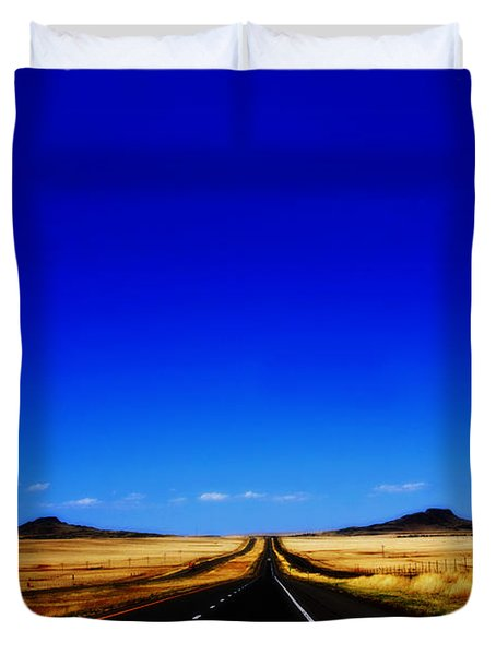 Endless Roads In New Mexico Duvet Cover by Susanne Van Hulst