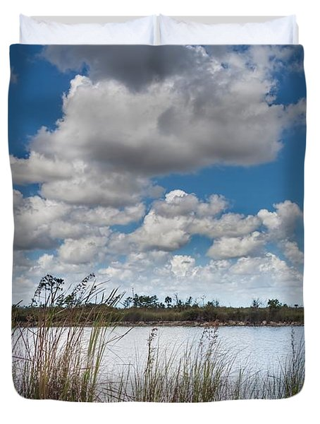 Everglades Lake 6853 Duvet Cover by Rudy Umans