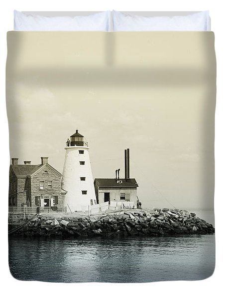 Execution Rocks Lighthouse New York Duvet Cover by Digital Reproductions
