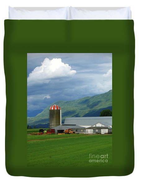 Farm In The Valley Duvet Cover by Ann Horn