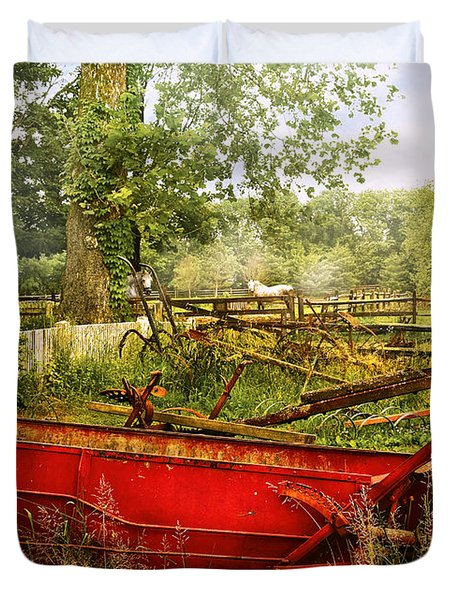 Farm - Tool - A Rusty Old Wagon Duvet Cover by Mike Savad