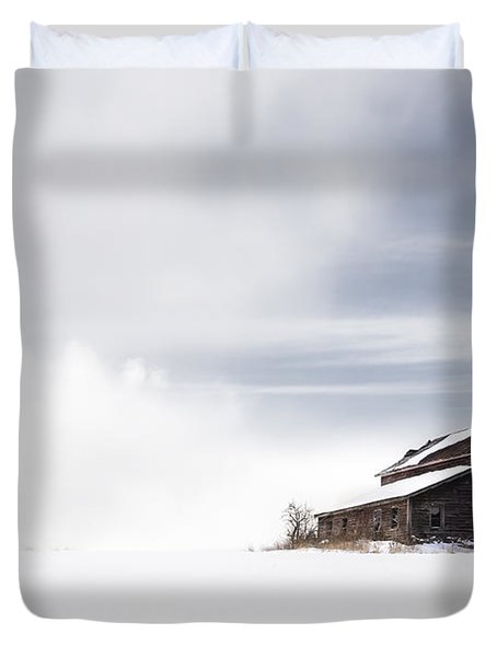 Farmhouse - A Snowy Winter Landscape Duvet Cover by Gary Heller