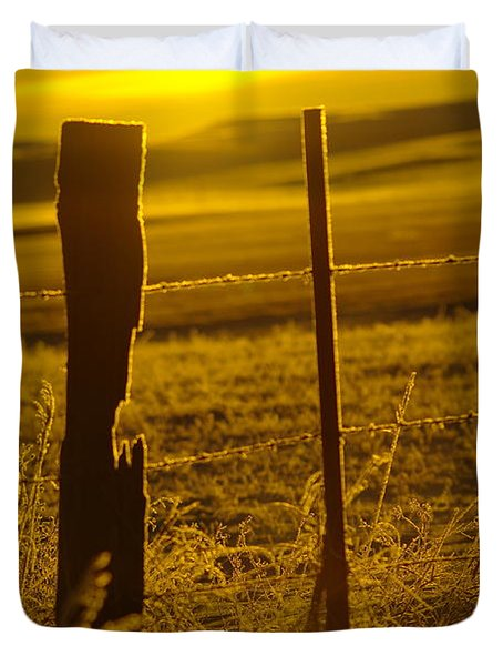 Fence Post In The Morning Light Duvet Cover by Jeff Swan