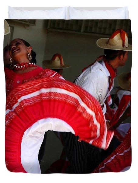 Fiesta De Los Mariachis Duvet Cover by Joe Kozlowski