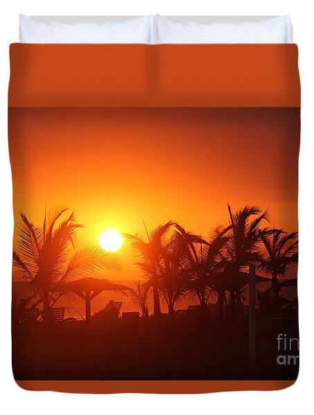Fire Ball Sunset Duvet Cover by Bob Hislop