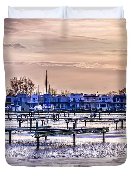 Floating homes at Bluffers park marina Duvet Cover by Elena Elisseeva