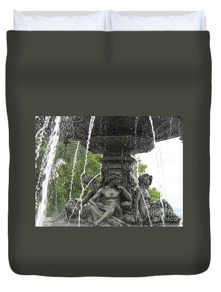 Fontaine De Tourny Duvet Cover by Lingfai Leung