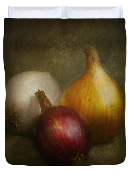Food - Onions - Onions  Duvet Cover by Mike Savad