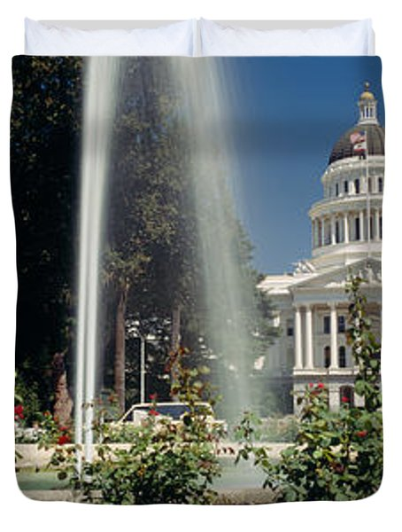 Fountain In A Garden In Front Duvet Cover by Panoramic Images