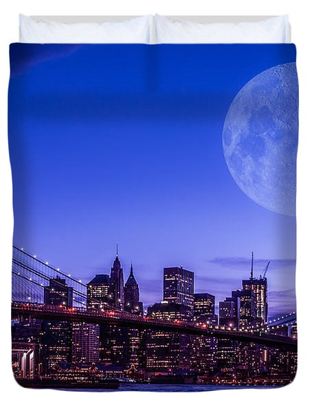 Full Moon Over Manhattan II Duvet Cover by Hannes Cmarits
