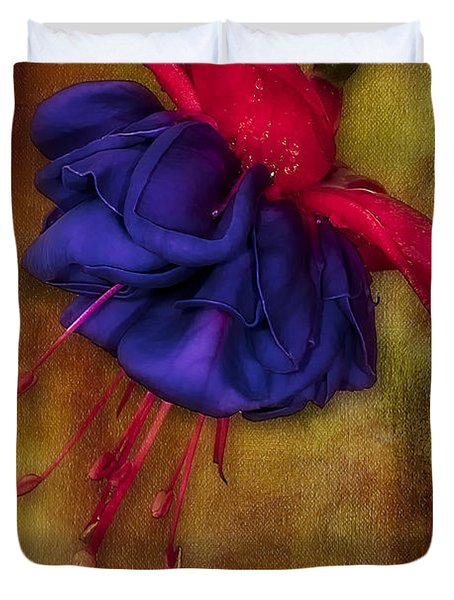 Fuschia Flower Duvet Cover by Susan Candelario