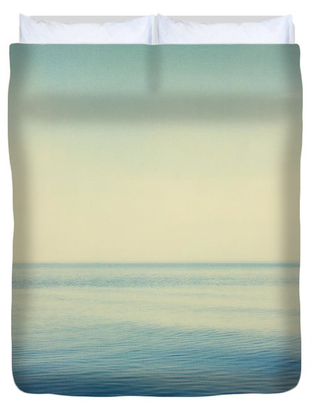Fv4281, Bert Klassen Water And Sky Duvet Cover by Bert Klassen