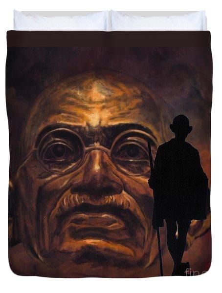 Gandhi - the walk Duvet Cover by Richard Tito