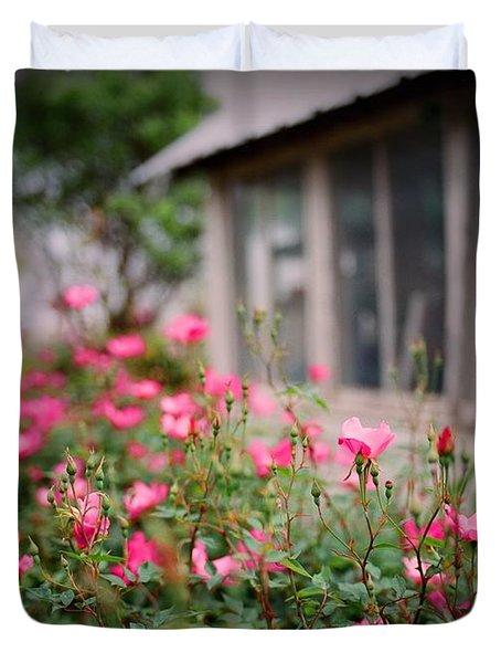 Gardens Of Pink Duvet Cover by Linda Unger