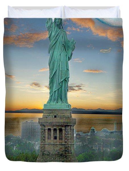 Goddess Of Freedom Duvet Cover by Gary Keesler