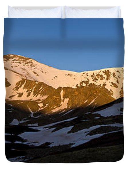 Grays Peak And Torreys Peak Panorama Duvet Cover by Benjamin Reed