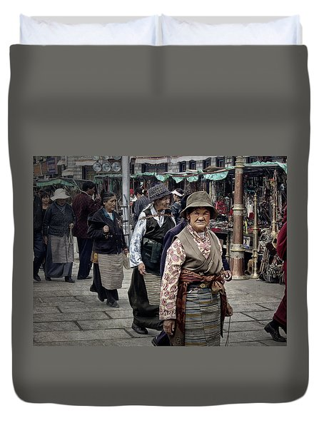 Great Weathered Faces Duvet Cover by Joan Carroll