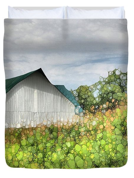 Green Barn And Cornfield Duvet Cover by Dan Sproul