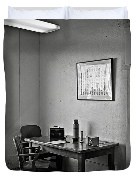 Guard Dining Area In Alcatraz Prison Duvet Cover by RicardMN Photography